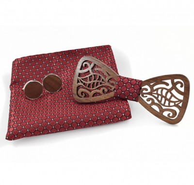 Wooden bow tie with handkerchiefs and cufflinks Gaira 709074
